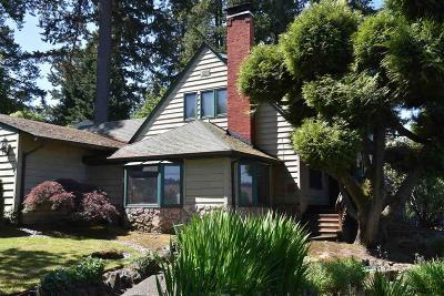 Lake Oswego OR Single Family Home For Sale: $1,100,000