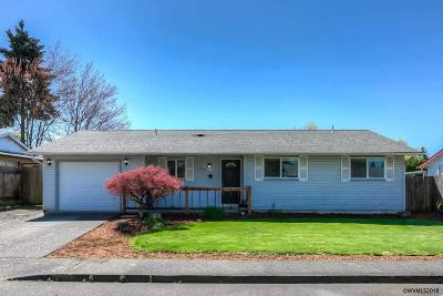 Aumsville Single Family Home Active Under Contract: 560 Oak St