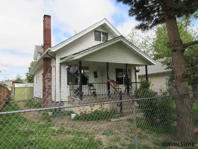 Salem Single Family Home For Sale: 1335 Cottage St