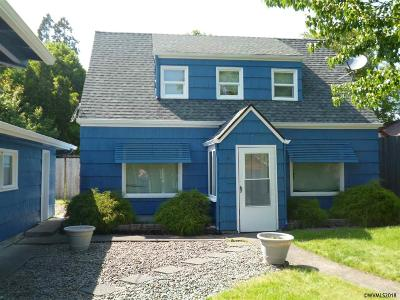 Salem Single Family Home Active Under Contract: 407 22nd St