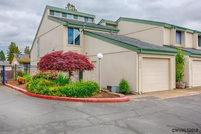 Salem Condo/Townhouse For Sale: 3878 Auburn Rd