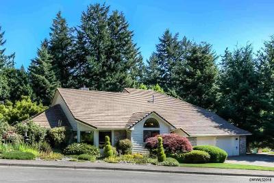 Salem Single Family Home For Sale: 4690 Calvert Ct SE