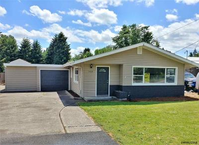 Keizer Single Family Home For Sale: 532 Chemawa Rd