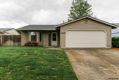 Keizer Single Family Home For Sale: 5229 Lacey Ct