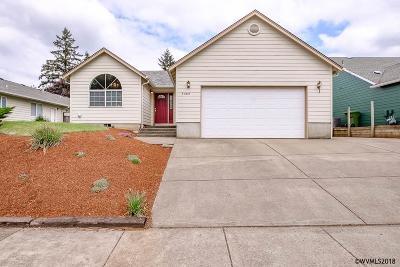 Salem Single Family Home For Sale: 5388 Monterey Dr