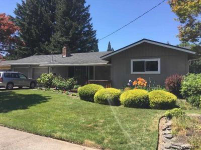 Keizer Single Family Home For Sale: 4545 18th Av