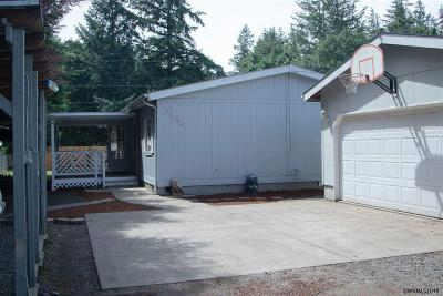 Turner Manufactured Home Active Under Contract: 7353 5th St