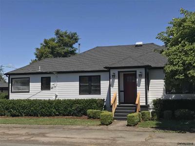 Stayton Single Family Home For Sale: 479 E Robidoux St