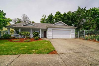Dallas Single Family Home Active Under Contract: 730 SE Azalea Av