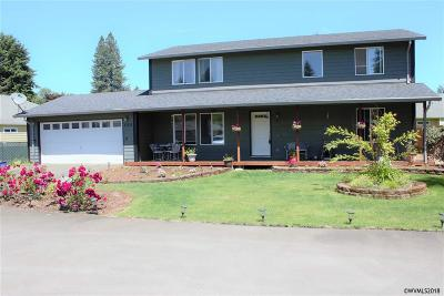 Stayton Single Family Home Active Right Of Refusal: 595 W Water St