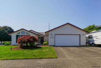 Keizer Single Family Home Active Under Contract: 2194 Heatherstone Ct