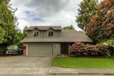 Dallas Single Family Home For Sale: 554 SE Walnut Av