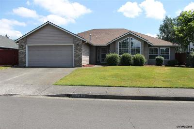 Keizer Single Family Home Active Under Contract: 7242 Fieldview St