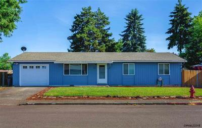 Aumsville Single Family Home Active Under Contract: 520 Oak St