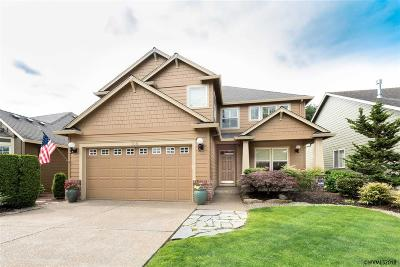 Woodburn Single Family Home For Sale: 708 Fairwood Cresent Dr