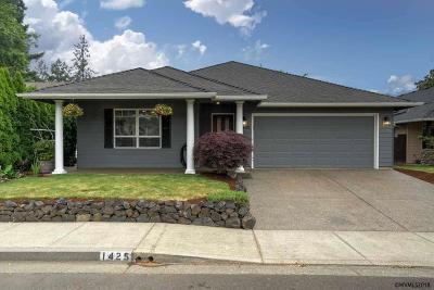 Keizer Single Family Home For Sale: 1425 Prairie Clover Av
