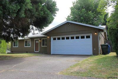 Salem Single Family Home For Sale: 5624 Pomona Ct