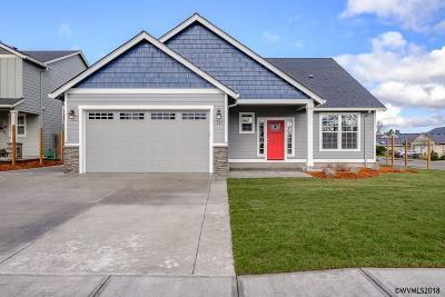 Dallas Single Family Home For Sale: 173 SW River Dr