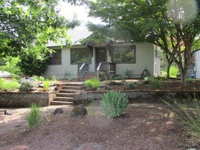 Salem Single Family Home For Sale: 1270 Fir St