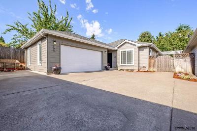 Salem Single Family Home For Sale: 764 Haas Ln