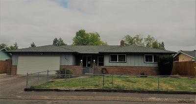 Albany Single Family Home For Sale: 4140 Madrona Pl