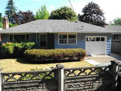 Salem Single Family Home For Sale: 837 Ratcliff Dr