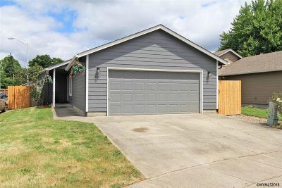 Salem Single Family Home For Sale: 4101 Larson Av