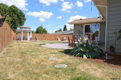 Keizer Single Family Home For Sale: 4620 Shoreline Dr N