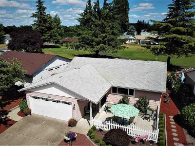 Woodburn Single Family Home For Sale: 232 E Clackamas Cl