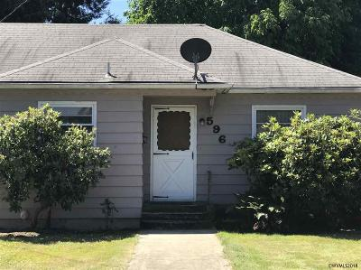 Lebanon OR Single Family Home Active Under Contract: $180,000