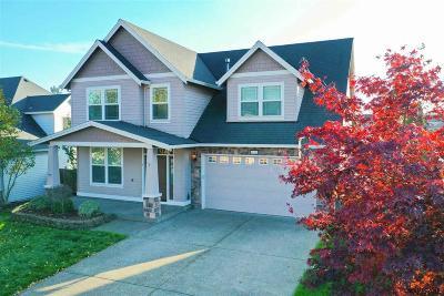 Aurora Single Family Home For Sale: 14904 Rooster Rock Av