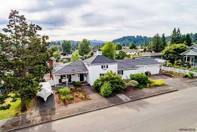Sweet Home Single Family Home For Sale: 925 1st Av