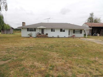 Keizer Single Family Home Active Under Contract: 9555 River Rd