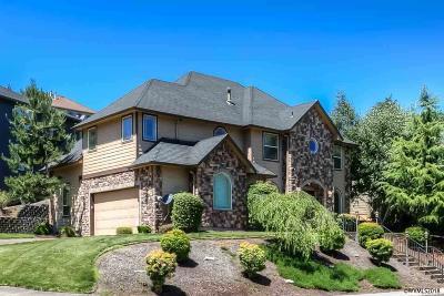 Salem Single Family Home For Sale: 291 Muirfield Av