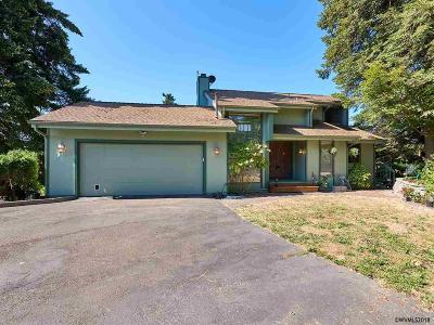 Keizer Single Family Home Active Under Contract: 948 Mistletoe Lp