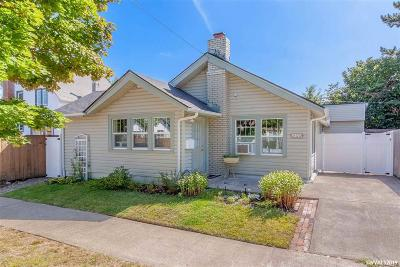 Salem Single Family Home For Sale: 870 Shipping St