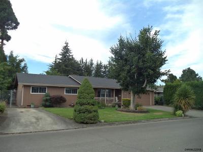 Woodburn Single Family Home For Sale: 1735 Tomlin Av