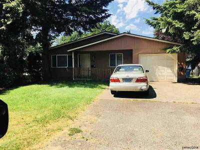 Salem Single Family Home For Sale: 745 23rd St