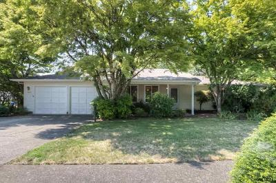 Stayton Single Family Home Active Under Contract: 1267 Wilshire Dr