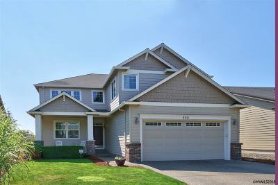Woodburn Single Family Home For Sale: 558 Tukwila Dr