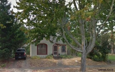 Salem Single Family Home Active Under Contract: 2465 Laurel Av