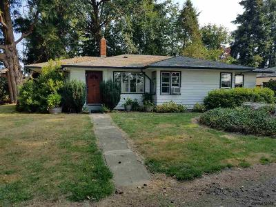Monmouth Single Family Home For Sale: 14020 S Pacific Hwy