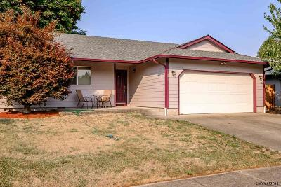 Keizer Single Family Home For Sale: 1889 Tecumseh St
