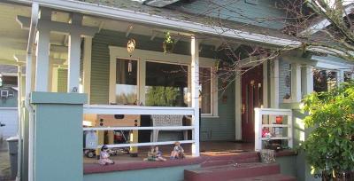 Dallas Single Family Home For Sale: 343 SW Washington St