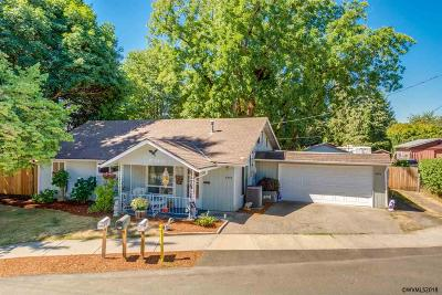 Keizer Single Family Home For Sale: 3995 Pleasant View Dr