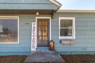 Stayton Single Family Home For Sale: 840 E Virginia St