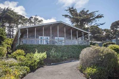 Lincoln City Single Family Home For Sale: 3630 Lincoln Av