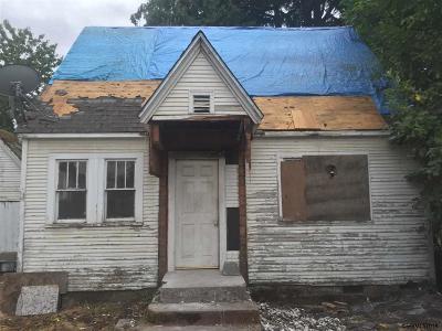 Keizer Single Family Home For Sale: 770 Cade St