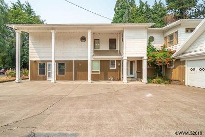 Keizer Single Family Home For Sale: 211 Sunset Av