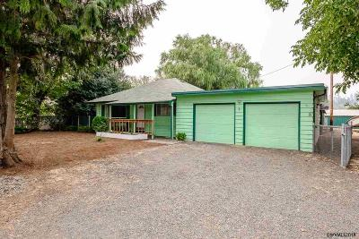 Albany Single Family Home Active Under Contract: 38902 Highway 99e